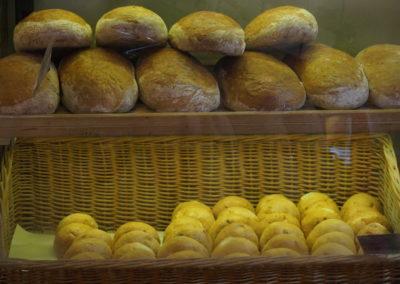 chleb w sklepie